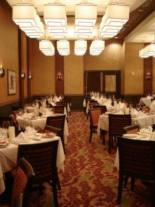 Ruth\'s Chris Kennesaw Dining Area