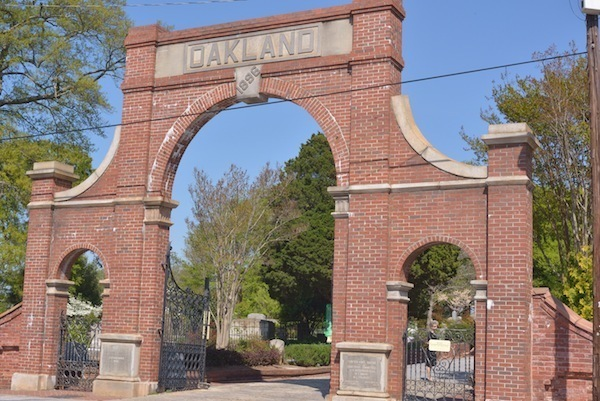 Oakland_Cemetery