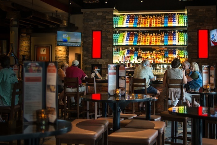 Firebirds-alpharetta-restaurant