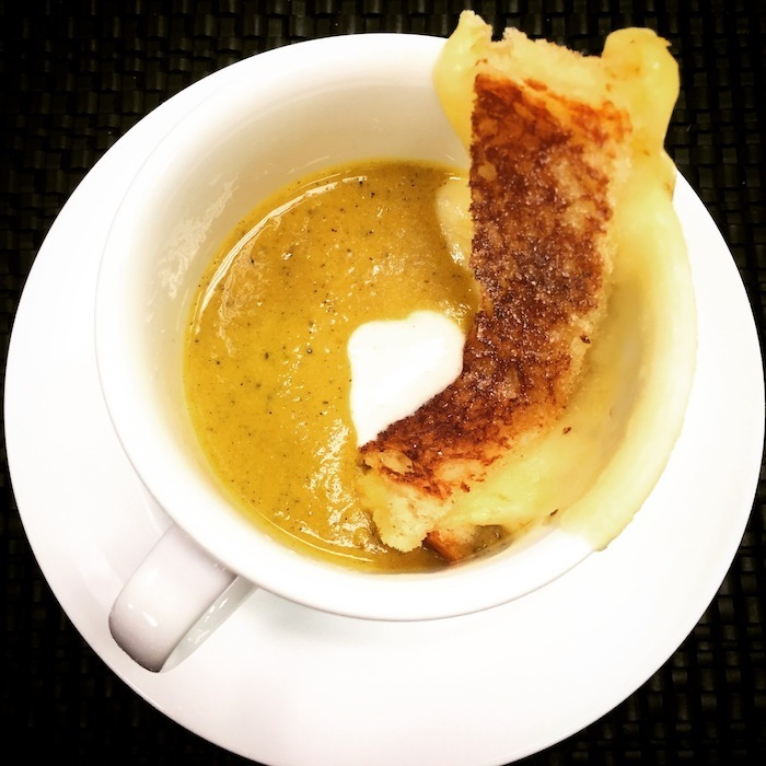 carrot-soup-grilled-cheese-cobb-galleria-centre