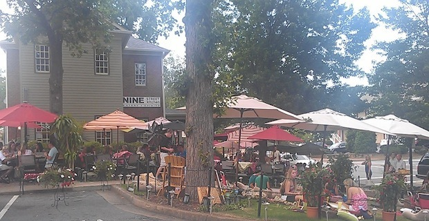 Dog Friendly Restaurants In Downtown Roswell