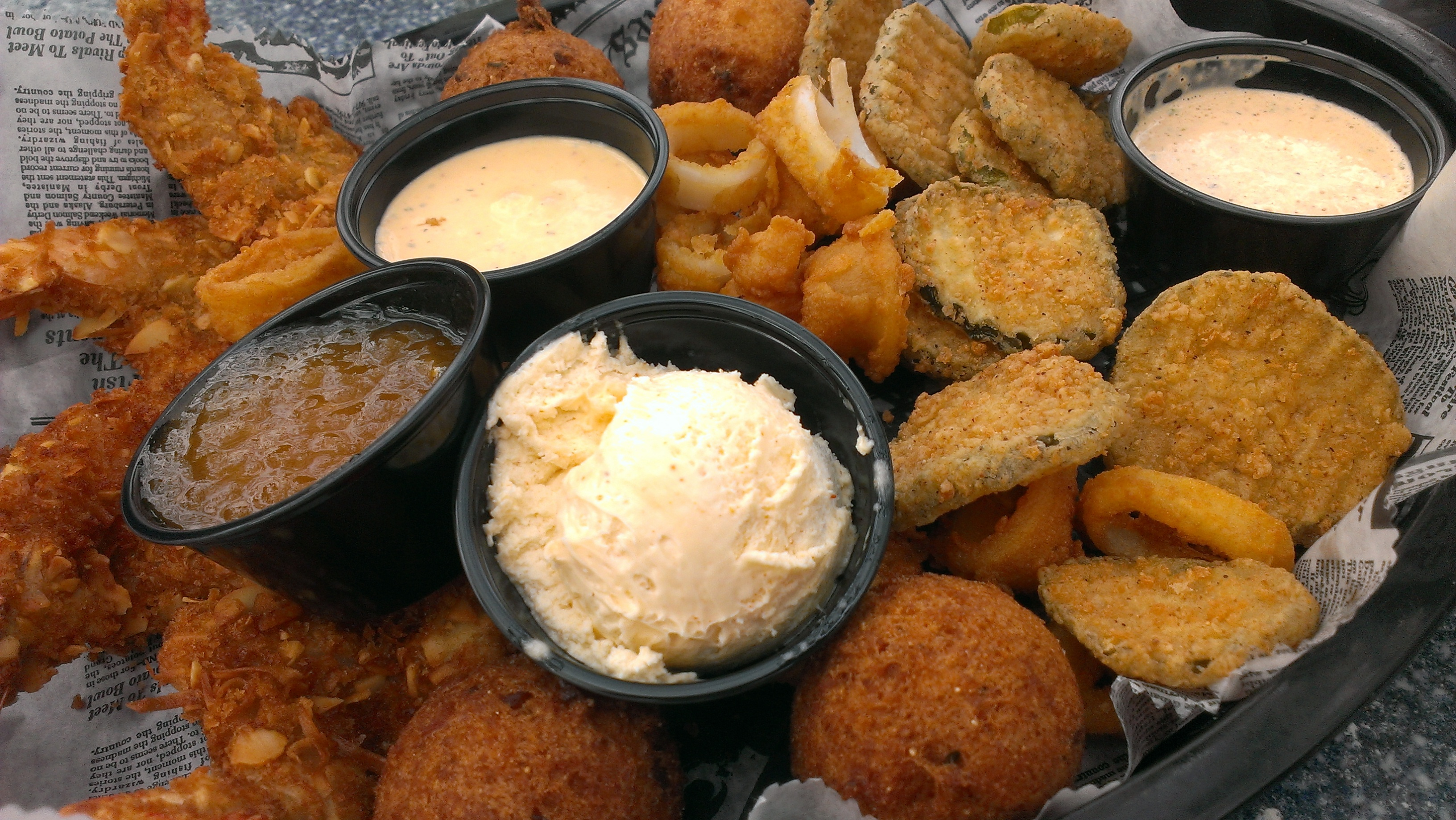 Appetizer Sampler at Skull Creek Boatyard