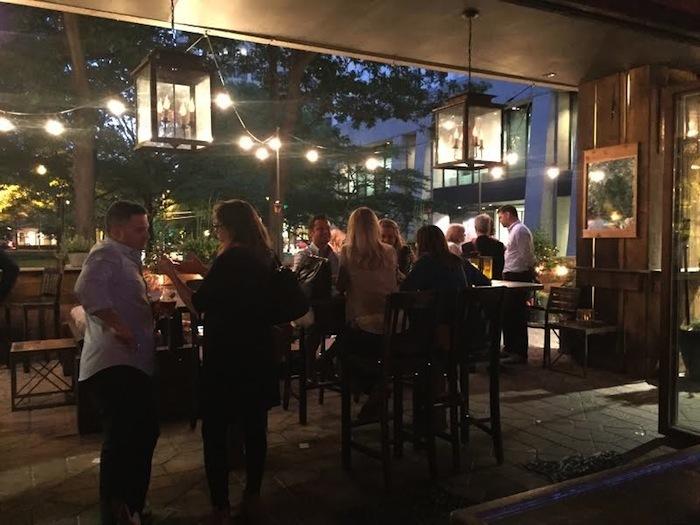 establishment-midtown-patio