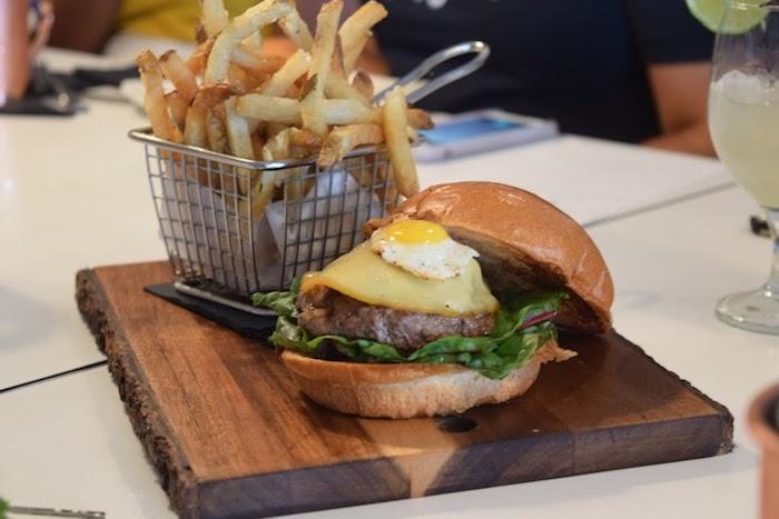 kobe beef burger flip burger