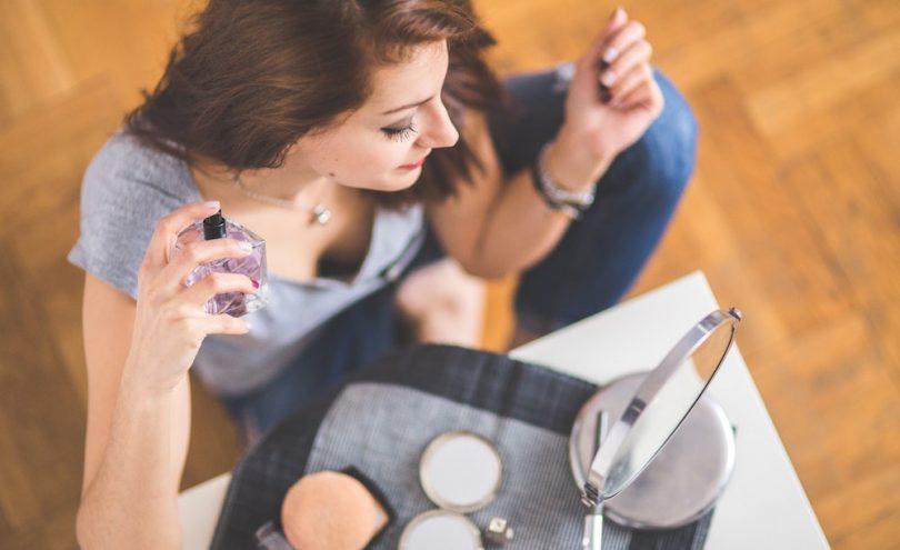 make-perfume-stay-scent-last-longer