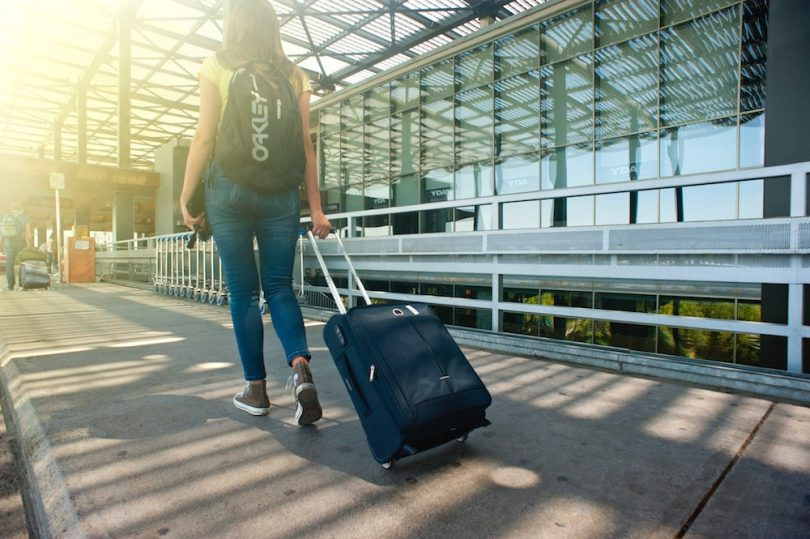 what-are-best-airport-hacks-roamilicious