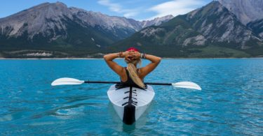 kayaking-good-for-mind-health-roamilicious