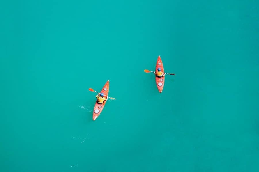 kayaking-healthy-sport-roamilicous