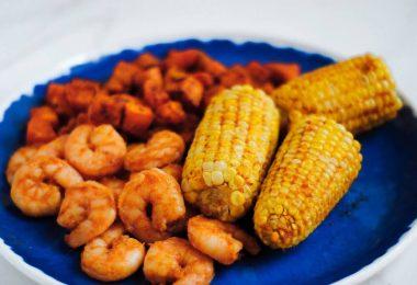cajun-shrimp-sheetpan-meal