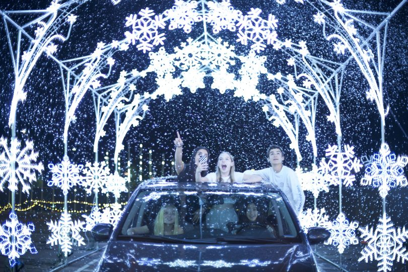 holiday-lights-atlanta-candy-rush