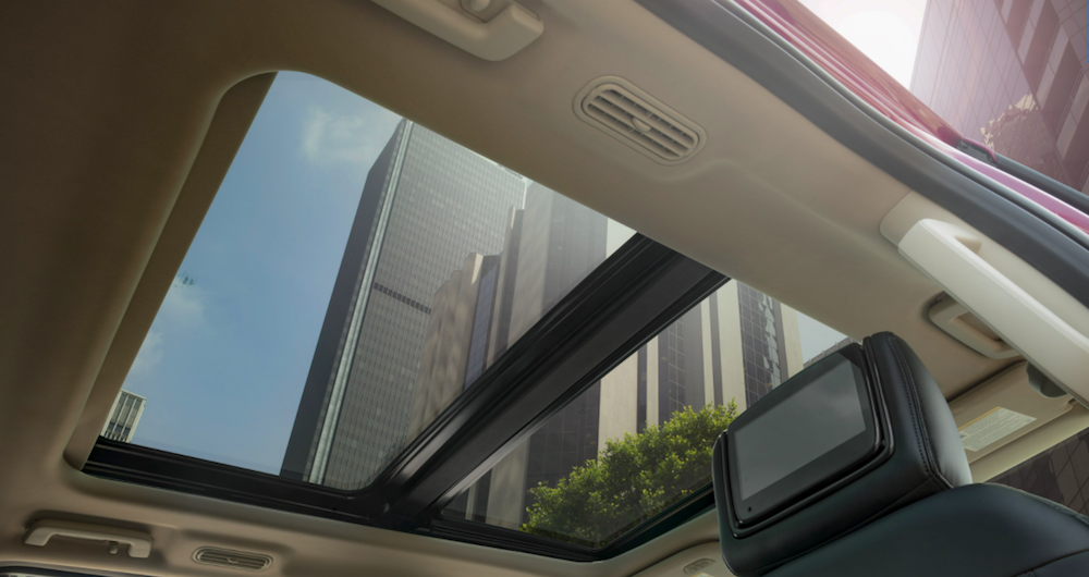ord-expedition-roamilicious-feature-sunroof